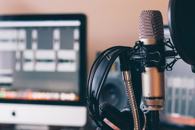Zangles via internet volgen bij professionele zangers en zangeressen